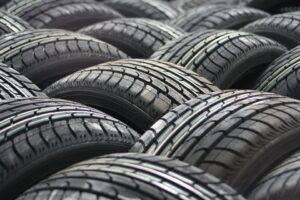 car tyres 63928 960 720 300x200 - Dæk Amager